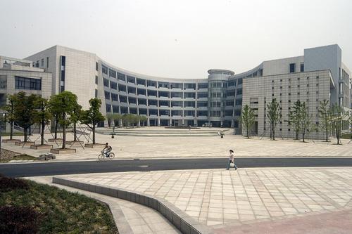 工商学院怎么样_浙江工商大学下沙校区寝室的网速怎么样? 旅游学院怎么样?