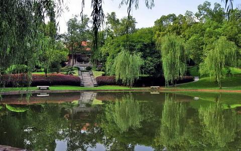 关于城市公园植物景观设计的探讨